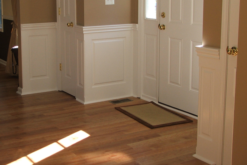 Foyer Interior Kit : Staircase foyer wainscoting ideas from